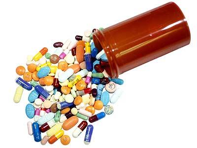 Tràn lan đơn thuốc kháng sinh thiếu trách nhiệm được kê cho đau họng