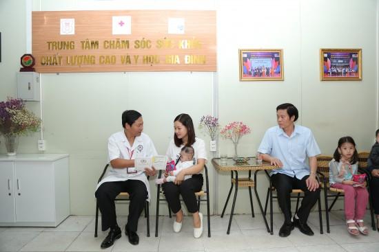 IMG_6577 - tham kham va tu van-min
