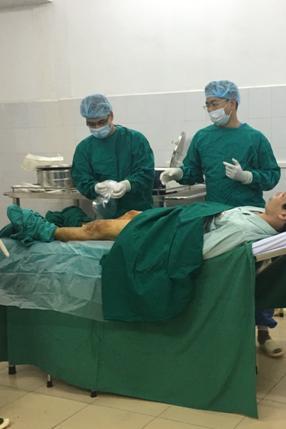 Điều trị thành công ca suy tĩnh mạch chi dưới đầu tiên tại Trung tâm ứng dụng công nghệ cao – Ngõ 183 Đặng Tiến Đông, Đống Đa, Hà Nội.