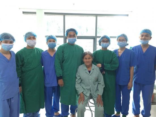 Bệnh nhân có thể đi lại ngay sau phẫu thuật